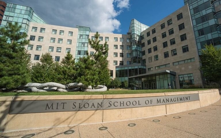 Most Popular Business Schools On Twitter - MIT Sloan
