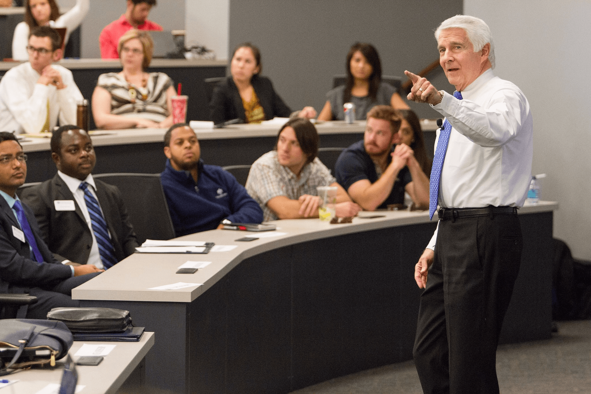Former Microsoft CEO gives lecture at thunderbird for master in management students