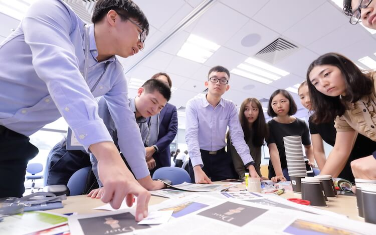 HKU students working on a team project