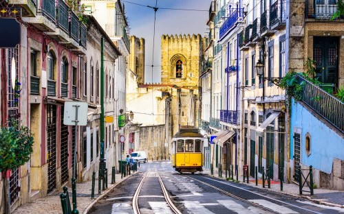 5 reasons why you should do your mba in lisbon portugal