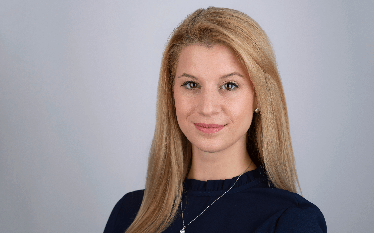 Anett Bako set out on a career in consulting after graduating from her Master's in Management program at the University of St Gallen