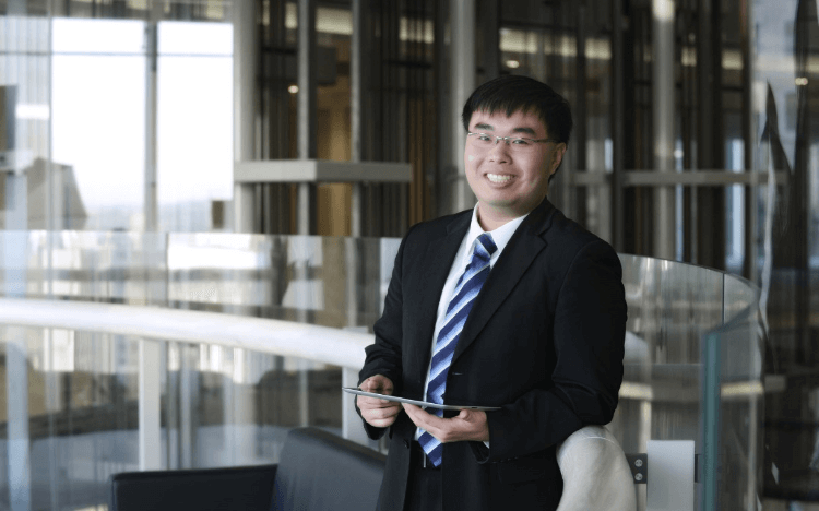 Charlie Chen set out on an accelerated MBA in China at CKGSB. Now, he feels ready to launch a career in China