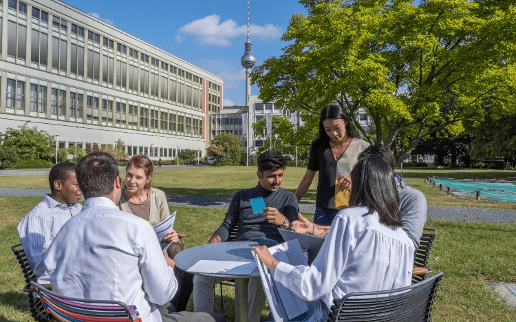 Building a diverse network is one of the best things about studying a Master's in Management, says Satyam Goel, master's student at ESMT Berlin.