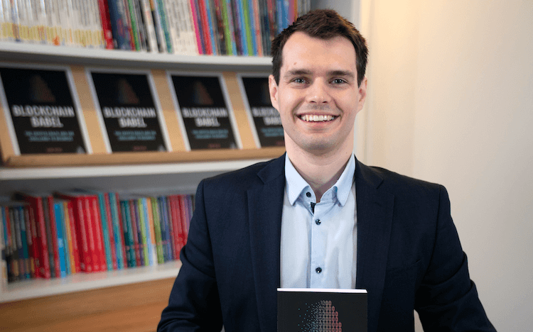 WU Exec student Igor Pejic explores the powerful potential of blockchain in his book 'Blockchain Babel'