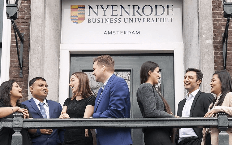 Students from Nyenrode Business Universiteit are doing their bit to help startups affected by coronavirus
