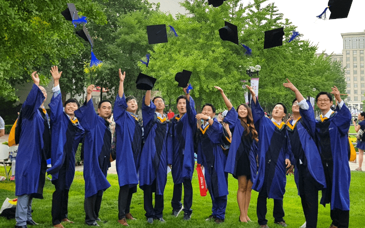 The world's best venture capital firms hire MBA students from Tsinghua University in China