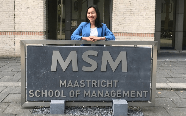 MBA Jobs Summer 2020 | MBA Sang Tran used a virtual careers fair to connect with recruiters