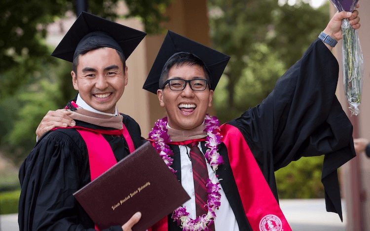 Targeting a 700 GMAT score to get into a top school like Stanford? Find out how to get 700+ on your first attempt ©Stanford GSB Facebook