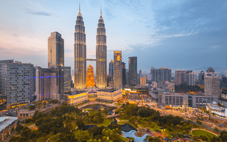 Studying an MBA in Malaysia, at the heart of Southeast Asia (SEA), could help you to land a job within SEA's accelerating tech sector ©Rat0007 via iStock