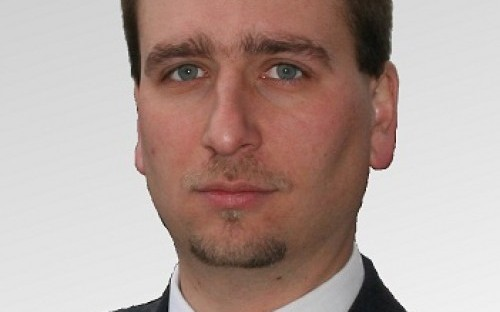 Miklós Tomcsányi wants to reach a leadership position in the IT sector in Germany.