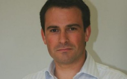Nicholas Syme is currently working as the Project Manager of the OTC to CCP Programme at UBS Investment Bank.