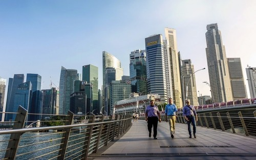 Singapore's financial services workers fear the rise of the machine