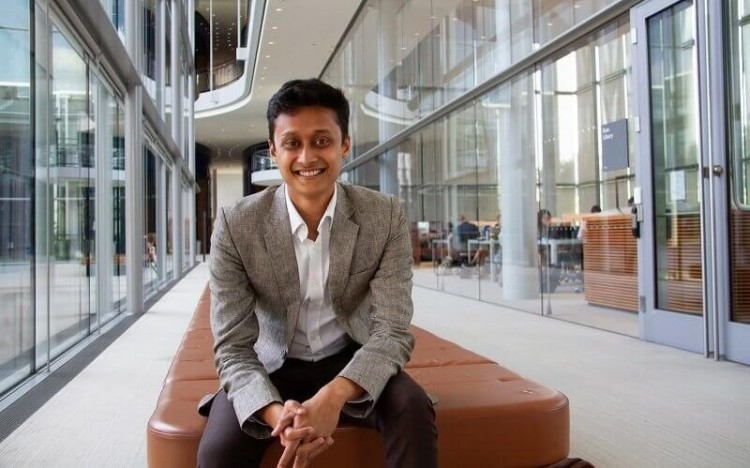 Rakesh is using the MBA at Yale to enhance his skillset before returning to the nonprofit sector
