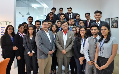 employers are going crazy for mba students at this indian business
