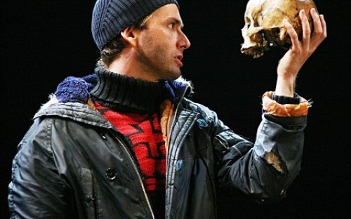 David Tennant's Hamlet: a perfect case study in dynamic leadership models.