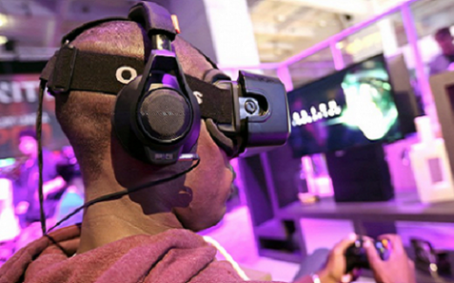 Universities say virtual reality can bring online learning to life