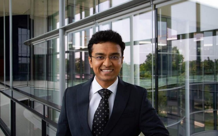 An MBA scholarship is helping Siddharth transition into a career in tech