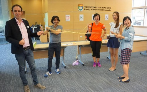 Patrick Davis (left) was a mentor at the HKU MBA Corporate Social Responsibility workshop