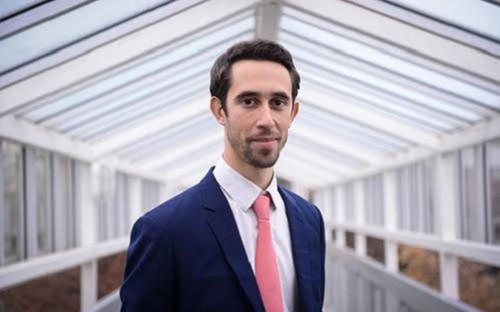 Michaël Fernandez-Ferri is an MBA graduate from EMLYON Business School in France