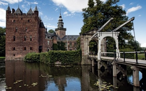 Nyenrode Business Universiteit is located on a 13th century estate in the Netherlands
