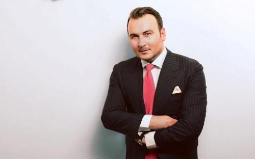 Mihai is an MBA graduate from the International University of Monaco (IUM)