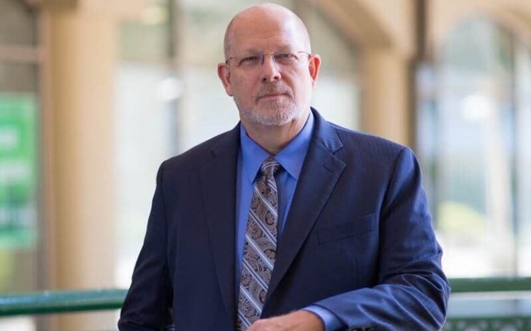 CFA vs MBA? Tom Robinson—former CFO Institute director and CEO of AACSB—says both offer a strong ROI
