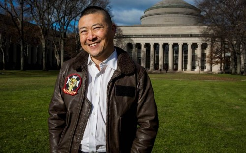 An admissions expert-turned-CEO, Alex completed his MBA at MIT Sloan in 2007