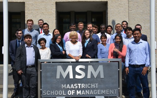 The Careers and Personal Development Track at MSM helps MBAs go straight back into employment