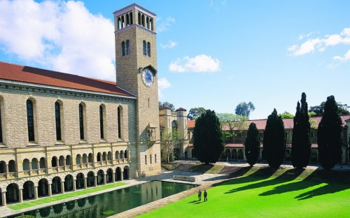 Top-level mentoring program lifts the UWA MBA above its competition