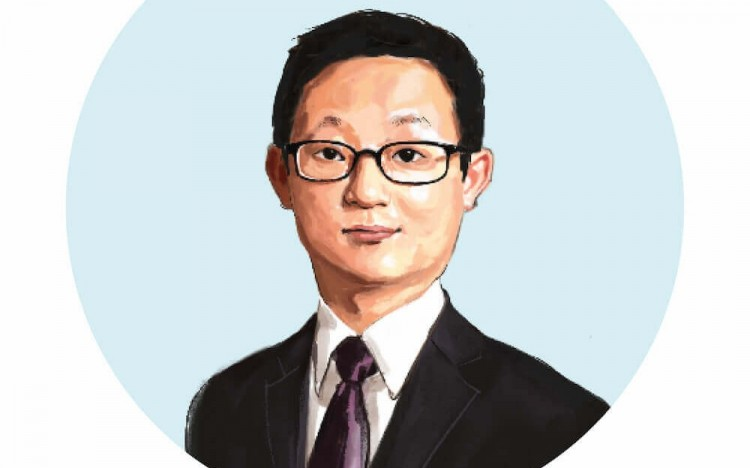Eric is an MBA alum from China's Cheung Kong Graduate School of Business (CKGSB)