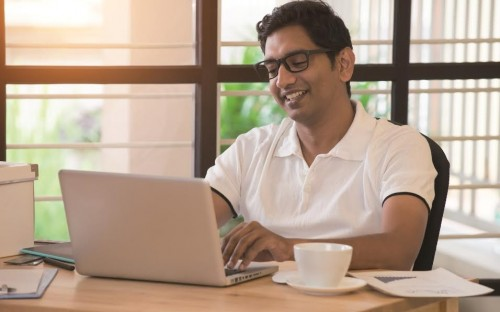 MSM's online MBA is a direct alternative to the traditional campus-based program