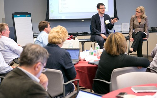 """Silicon Valley's Eric Ries and General Electric's Viv Goldstein lead a """"workout"""" session"""