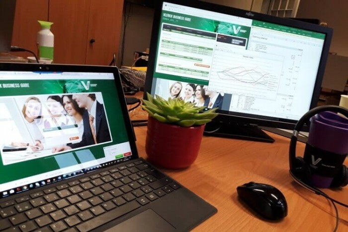(c)Vlerick- Online MBA students at Vlerick participate in a simulation games throughout the program