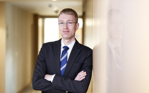 Jonas Geelhaar's internship prepareed him for a career in consulting at PwC