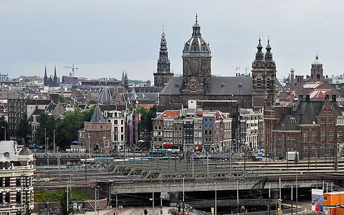Amsterdam is pushing to become a major European business center