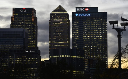 """Banks face the threat of a wave of so-called """"fintech"""" start-ups"""