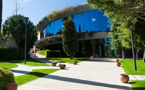 ©IESE - The Summer Entrepreneurship Experience takes place partly on its Barcelona campus