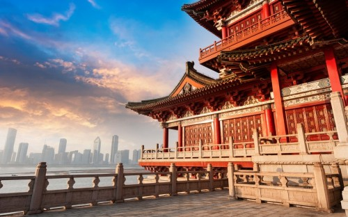 © lzf – China's MBA programs bring the Eastern and Western worlds together