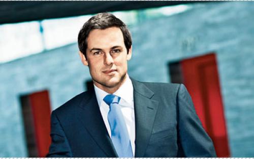 Professor Freek Vermeulen is an Associate Professor of Strategy and Entrepreneurship at the London Business School.